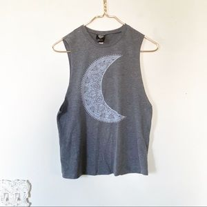 2KUHL | Crescent Moon Tribal Muscle Tank Top